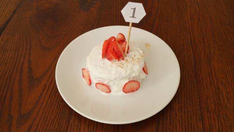 卵なしのファーストバースデーケーキ